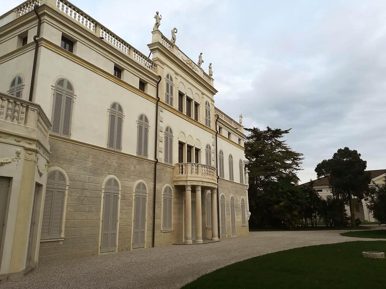 pavimentazione esterna Villa